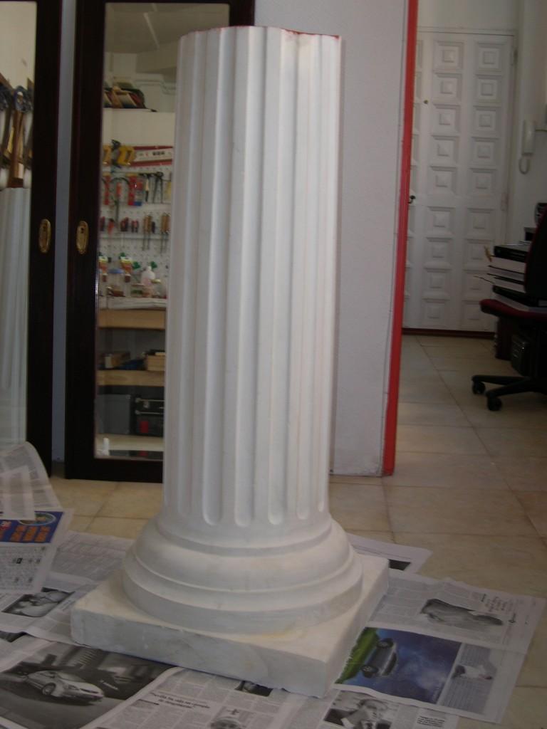 Imitaci n de madera policromada y m rmol en columnas de - Columna de marmol ...